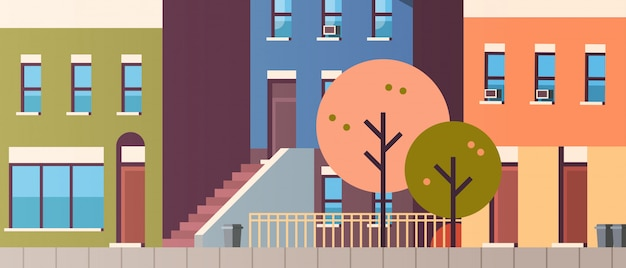Город здание дома вид осень улица листья падать недвижимость квартира горизонтальный
