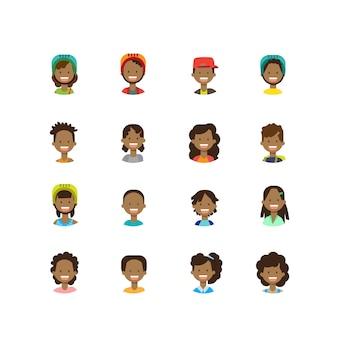 多様なアフリカの子供たちに直面する幸せな少年少女の肖像画を背景に女性男性アバターを設定します。