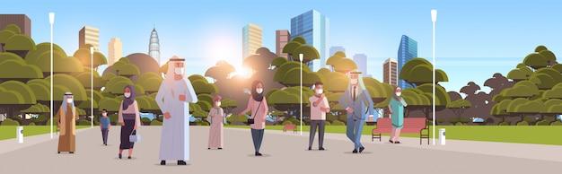 Арабские люди в масках гуляя принципиальная схема карантина пандемического вируса коронавируса