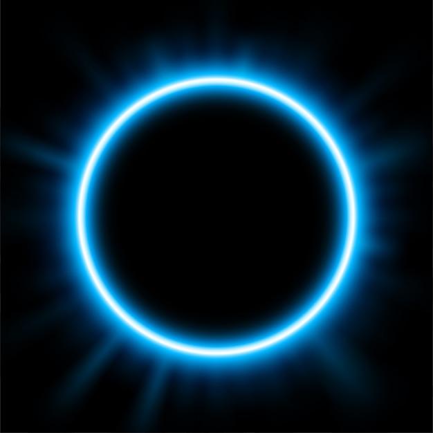 日食の背後にある青い光