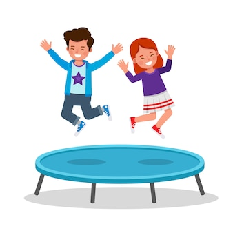 Дети прыгают на батуте персонажа. счастливый мальчик и девочка, играя вместе.