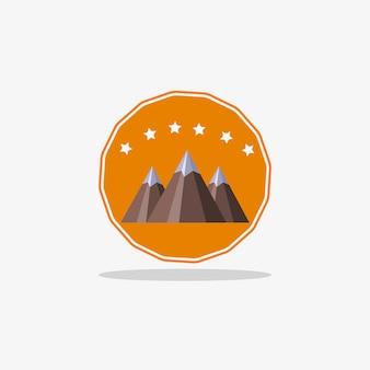 ウェブデザインのための影を持つ山のロゴ