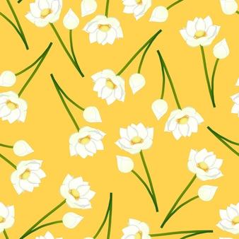Белый индийский лотос на желтом фоне