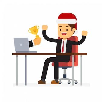 クリスマスの実業家がモニターからオンラインコンテストで賞を受賞
