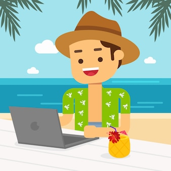 Человек отправиться в путешествие в летние каникулы, мужчина работает на ноутбуке на пляже, наслаждаясь тропическими фруктами и коктейлем