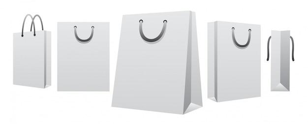 白い空白の紙の買い物袋