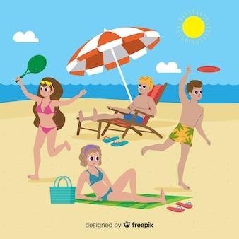 Люди наслаждаются летом