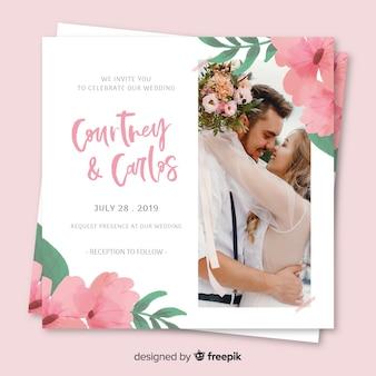 写真と花の結婚式の招待状