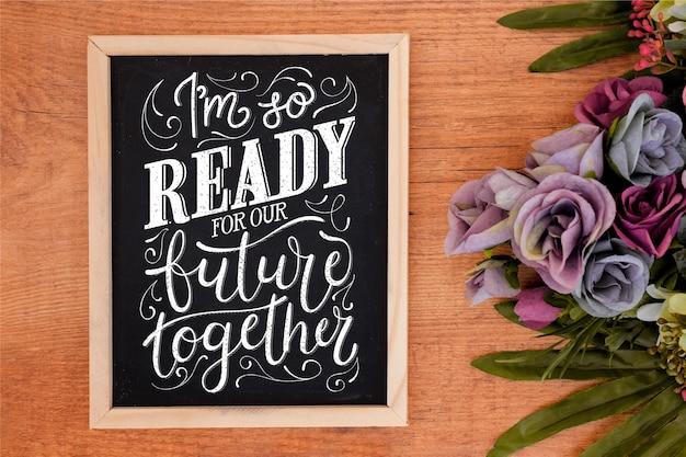 黒板に結婚式のレタリング