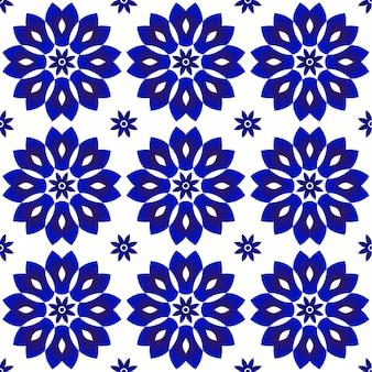 青と白の花のパターン