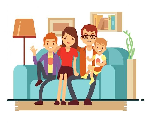 ソファの上の若い幸せな家族の笑顔。男、女とその子供たちのリビングルームの図
