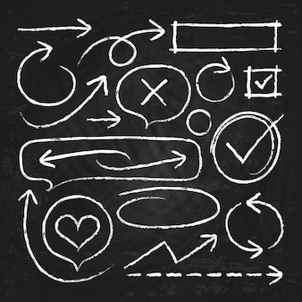 手の描かれた白いチョーク矢印、サークルフレームおよび黒板ベクトルセットに分離されたグラフィック要素をスケッチします。チョークのイラストスケッチ矢印線と落書きグランジブラシラフ