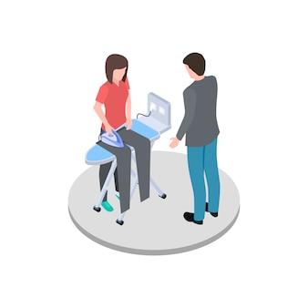 Домохозяйка гладит мужа штаны изометрической вектор