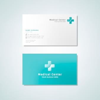医療専門の名刺デザインのモックアップ