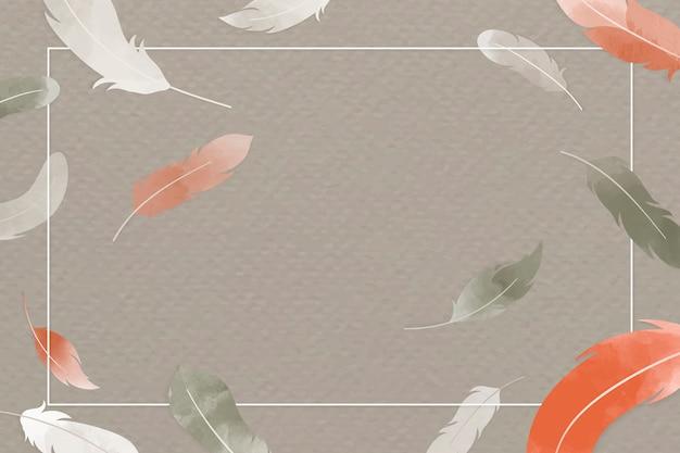オレンジとグレーの羽
