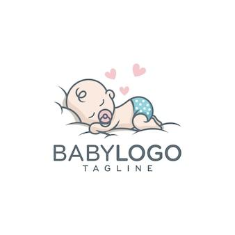 Милый ребенок логотип дизайн вектор