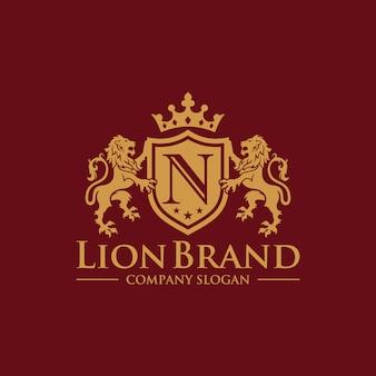 ラグジュアリーゴールデンロイヤルライオンキングのロゴデザインのインスピレーション