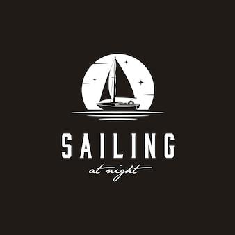 Простая парусная яхта силуэт логотип дизайн вдохновение