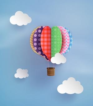 折り紙は熱気球と雲を作った