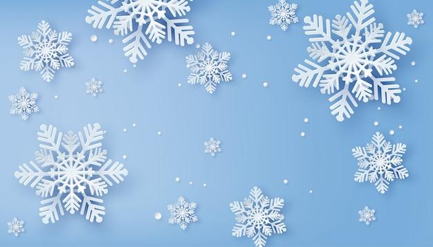 紙の雪の結晶をカットのクリスマスカード