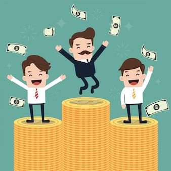 Счастливый бизнес команда вырвет деньги.