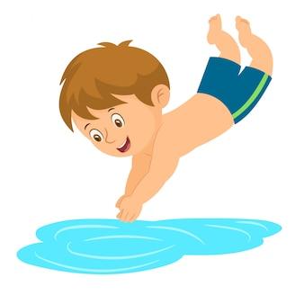 Маленький мальчик прыгает в бассейн