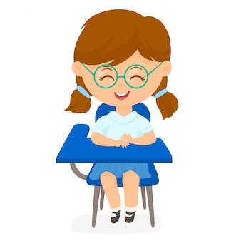 学校の椅子の学生少女