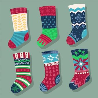 クリスマスの靴下。休日のための靴下のセット