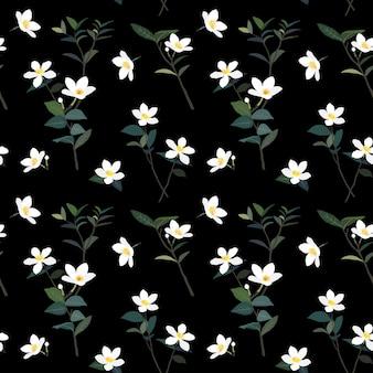 かわいい白い小さな花と暗い夏の夜のシームレスなパターンに葉