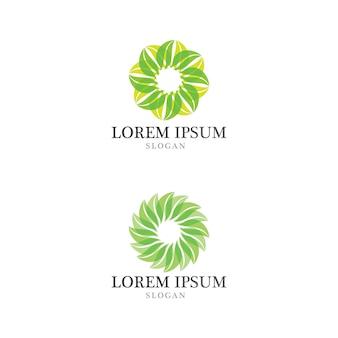 Экологичный логотип с листьями деревьев