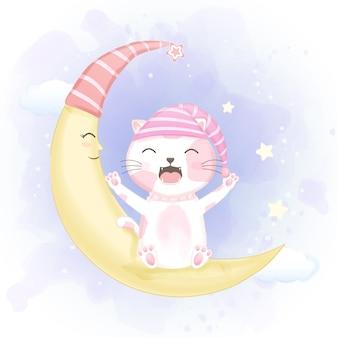 Милый кот с открытым ртом зевает на полумесяце