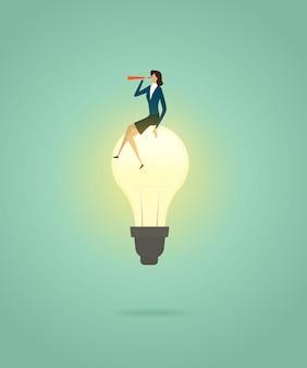 実業家は電球の創造的な概念ソリューションの上に座るし、望遠鏡でビジョンを見る