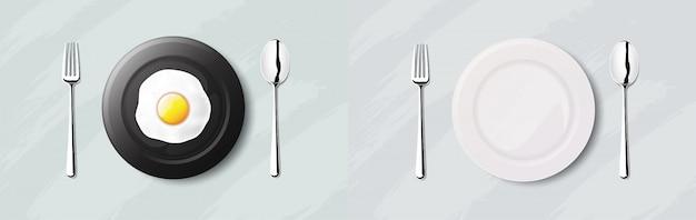 黒い皿に目玉焼き。