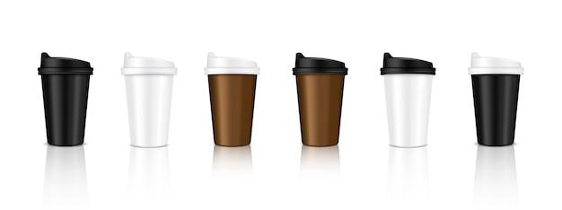 現実的なコーヒーカップパッケージング製品をモックアップ