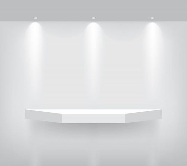 製品を表示するインテリアの現実的な空の幾何学的な棚をモックアップします。