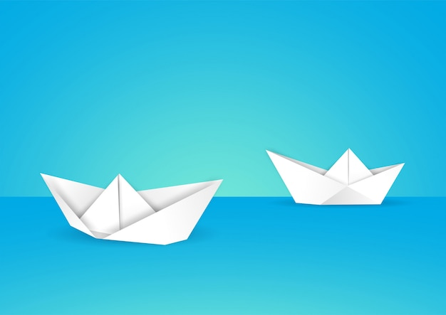 Бумажные кораблики в воде