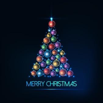 Веселая рождественская открытка с елкой из светящихся красочных безделушек и огней.