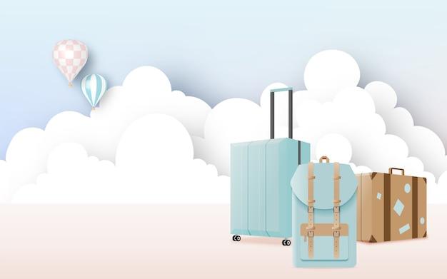 旅行用の様々なバッグや荷物