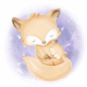 Мать и прекрасный ребенок лиса