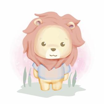 草の上の赤ちゃんライオン