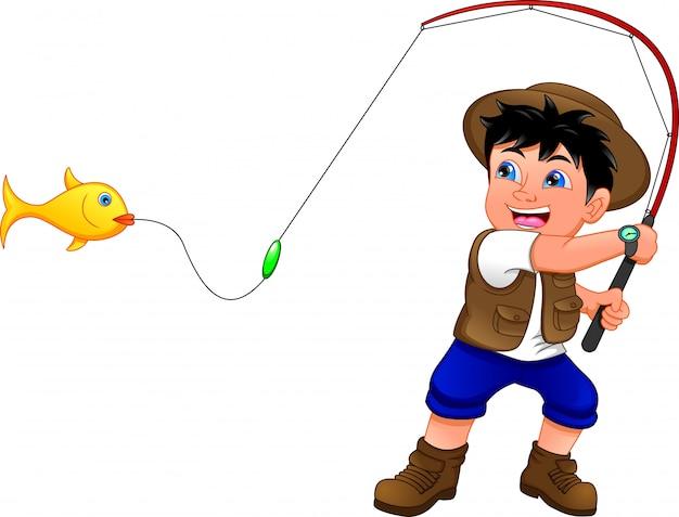 Маленький мальчик рыбалка