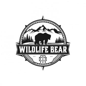 Медведь дикой природы приключений и на открытом воздухе