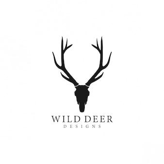 野生の鹿のロゴのシルエット