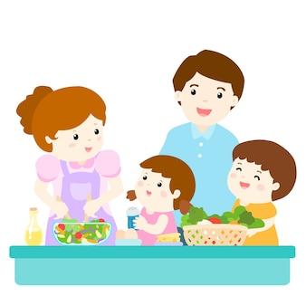 Счастливая семья готовит здоровое питание вместе
