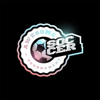 Футбол или футбол современный профессиональный спорт типография логотип в стиле ретро. дизайн эмблемы, значка и спортивного шаблона дизайна логотипа
