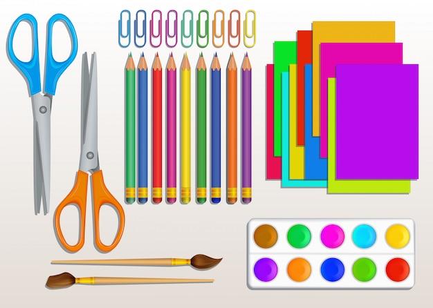 カラフルな鉛筆、はさみ、ペイント、ペイントブラシ、ペーパークリップ、色紙で現実的な学校用品のセット。アートとクラフトの教育要素の設計