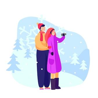 Счастливая пара, принимая селфи