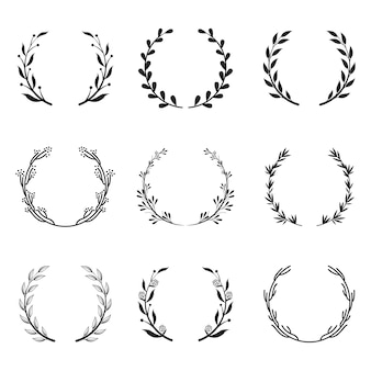 Различные круглые цветочные и лавровые рамки
