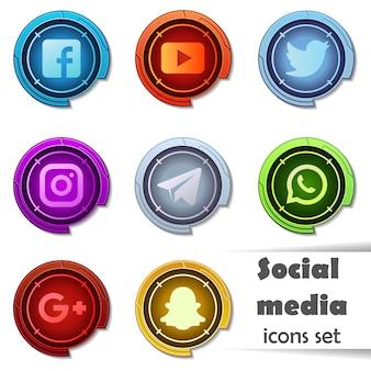 ソーシャルメディアのアイコン。