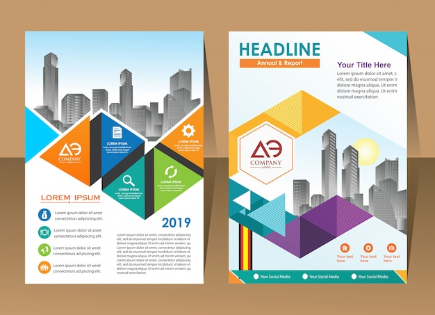年次レポートテンプレート幾何学三角形デザインビジネスパンフレットカバー